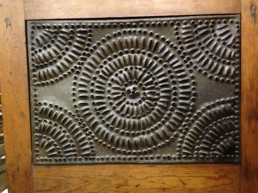 Another unique panel. Click to see entire collection of pie safes on Flickr.