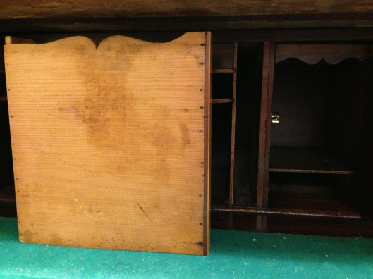 Nice touch on the document drawers. Click to see all 113 images from this auction.