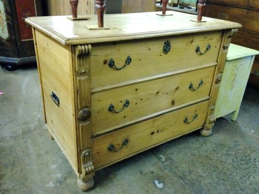 Looks like three drawers.