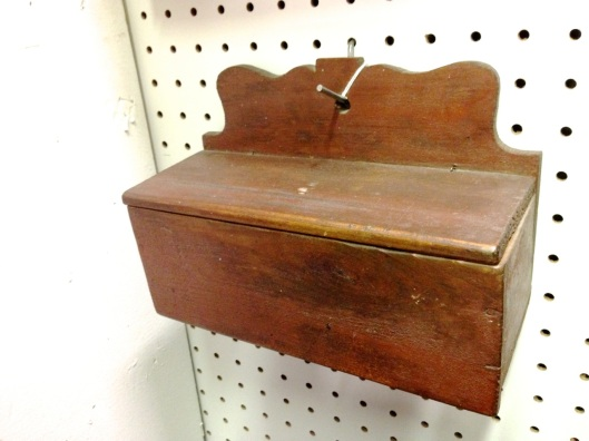 A candle box. Click to see the back and some very small snipe hinges.