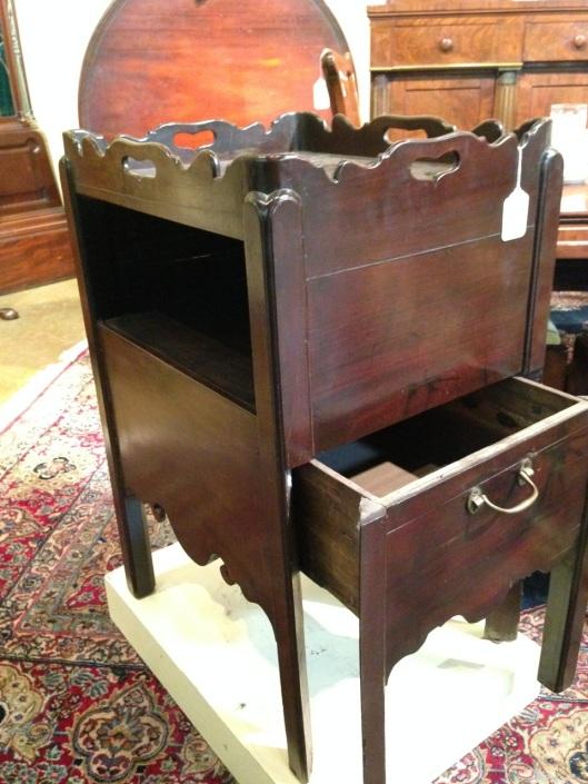Unique drawer.