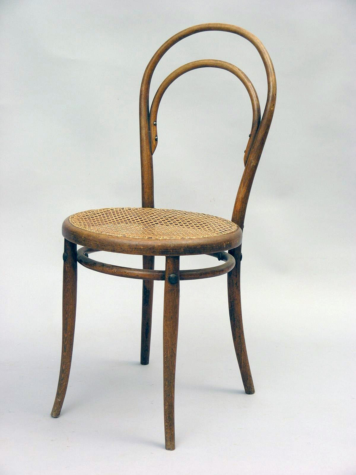 Old wooden chair styles - Still In Production