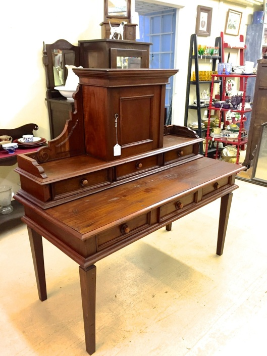 A nice desk reasonably priced.